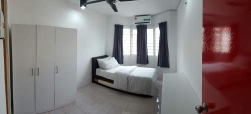 Full furnished master room