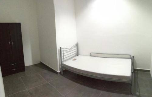 Medium Room at Mutiara Damansara