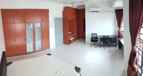 SM2A Master Room
