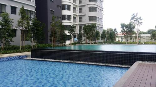 Boulevard Residence Swimming Pool