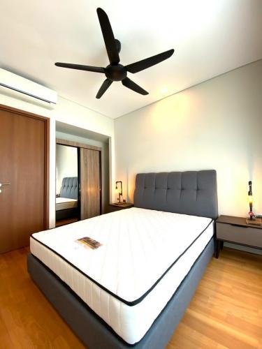 Wardrobe Bed